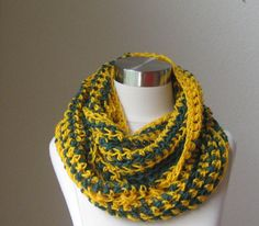 GREEN BAY PACKERS Crochet  Neckwarmer Handmade by marianavail, $24.00