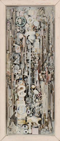 """Lot 19  CHOPIN Florent (1958) Totem """" Les horloges silencieuses"""" série n°2  Assemblage d'objets peints dans une caisse sous verre Titré et signé au dos  H: 53.5 x L: 23.0 cm - #Art #ContemporaryArt #Auction"""