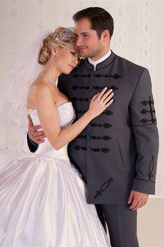 Magyaros menyasszonyi ruha, Kazinczy- ujjas férfi öltözékkel