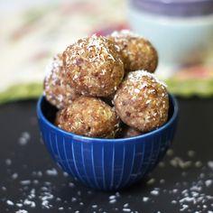 Raw Date Energy Balls (Vegan, Paleo)