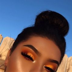 Gorgeous Makeup: Tips and Tricks With Eye Makeup and Eyeshadow – Makeup Design Ideas Makeup Eye Looks, Cute Makeup, Glam Makeup, Gorgeous Makeup, Pretty Makeup, Skin Makeup, Eyeshadow Makeup, Eyeshadows, Orange Eyeshadow
