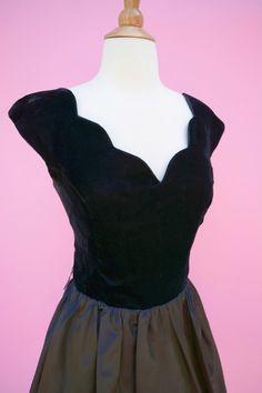 Vintage 80s Does 50s Prom Black Dress // 1980s Cocktail Party Dress Black Velvet…