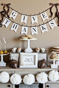 FREE Printable Thanksgiving Collection by The TomKat Studio | Everything you need to add the perfect finishing touches to your Thanksgiving Dinner! Download here: http://www.thetomkatstudio.com/freeprintables