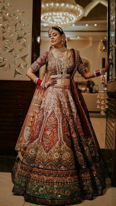 Golden Bridal Lehenga, Indian Bridal Lehenga, Indian Bridal Outfits, Indian Bridal Fashion, Pakistani Bridal Wear, Indian Fashion Dresses, Indian Designer Outfits, Asian Fashion, Fashion Outfits