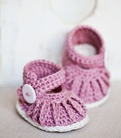 Instantánea descargar Crochet patrón de botitas por monpetitviolon