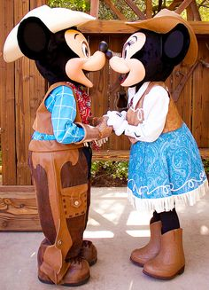 Western Mickey & Minnie - the best mix country and Disney!