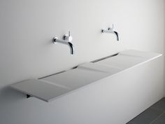 Linea Double Washplane® Solid Surface