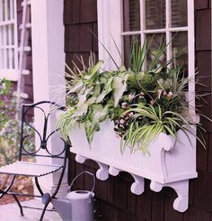 window box- I like the shape on the front panel- some nice detail so it isn't the typical square window box
