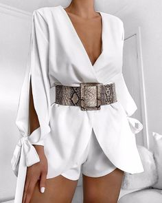 For an office look, turn to a stylish tight romper which can show women's charm and grace. outfit romper,romper and tights,romper casual,romper style Mode Outfits, Trendy Outfits, Summer Outfits, White Outfits For Women, Night Club Outfits, Party Outfits, Summer Dresses, White Women, Fall Outfits