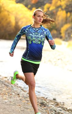 Runaway Top | Athleta Fall 2013 Collection, LOVE THIS, now have it in 2 colors!