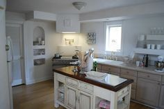 France LaCanche oven in this beautiful kitchen