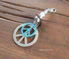 Anhänger Peace von Happy-about- Pearls auf DaWanda.com