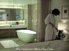 A tendência é derrubar paredes e deixar pias, banheiras e chuveiros à mostra!    A integração completa dos ambientes, que há algum tempo...