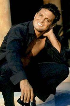 Mexican Frank Sinatra...Love his music. luis miguel