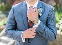 Real Wedding: The American dream, by Audra Wrisley Photography | #bruidegom #pak #blauw #groom #suit | ThePerfectWedding.nl