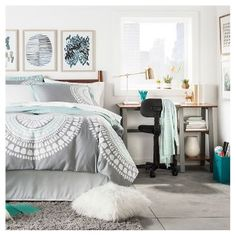 Gray Medallion Duvet Cover Set (King) - Room Essentials - March 09 2019 at Bedroom Ideas For Teen Girls, Teen Girl Bedrooms, Room Girls, Master Bedrooms, Bedroom Apartment, Home Bedroom, Bedroom Decor, Target Bedroom, Bedroom Kids
