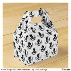 Pirate Flag Skull and Crossbones Jolly Roger Favor Box Pirate Party Invitations, Pirate Birthday, Jolly Roger, Skull And Crossbones, Favor Boxes, Pirates, Favors, Kids Shop, Flag