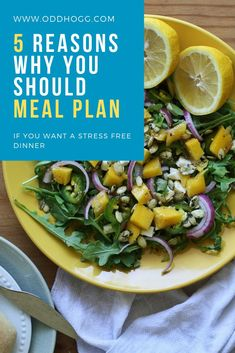 Having a weekly meal plan can save you money, time and stress. Let me show you why you should meal plan and what it will do for your family. New Recipes, Dinner Recipes, Healthy Recipes, Midweek Meals, Easy Meals, Thing 1, Meal Prep For The Week, Evening Meals, Menu Planning