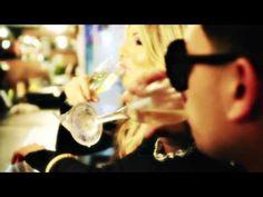 J Alvarez - La Pregunta (Official Video)