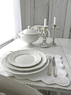 Ikea plates + lg plates & Arv plates Ikea..simple and pretty | IKEA | Pinterest | Kitchens ...