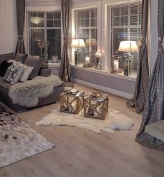 Black and grey living room designs black grey and silver living room ideas home cream decor Silver Living Room, Glam Living Room, Cozy Living Rooms, Living Room Lighting, Apartment Living, Cozy Apartment, Decorate Apartment, Rustic Apartment, Apartment Kitchen