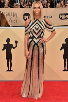 All the Glamorous 2018 SAG Awards Red Carpet Arrivals - Giuliana Rancic from InStyle.com