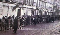 Cola de Auxilio Social. Años 40.