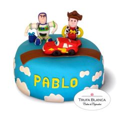Toy story Fondant cake Cars Fondant cake  Pastel de toy story y cars en Fondant Woddy Buzz lightyear and Lighting Mcqueen