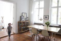 desire to inspire - desiretoinspire.net - Reader's home - Martin's Scandi apartment inBerlin MESA DO CANTO