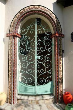 Malibu and Catalina Potteries Tile Door Surround Cool Doors, Unique Doors, Door Knockers, Door Knobs, Door Handles, Porches, Art Nouveau Arquitectura, Portal, Windows And Doors