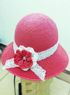 Crochet cute flower for accessories Crochet Kids Hats, Crochet Crafts, Sombrero A Crochet, Church Hats, Crochet Videos, Hat Making, Sun Hats, Hats For Women, Knitting
