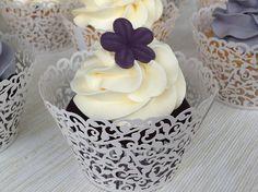 Sněhový máslový krém Czech Desserts, Butter, Baked Goods, Mini Cupcakes, Christmas Time, Frosting, Sweet Treats, Bakery, Deserts