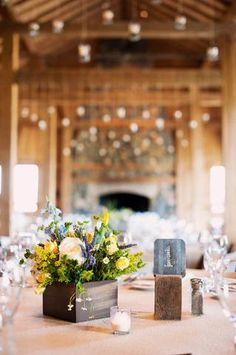 #rustic #table #numbers #wedding #tin
