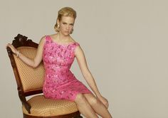 I want this pink dress!!