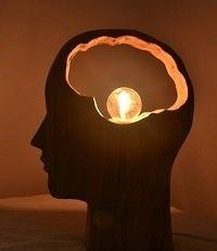 Chene d'inspiration par gregmarne - Tête lampe en chêne et l'autre en noyer