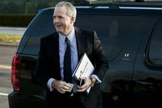 Morgan's Jimmy Lee, one of the best-known and most-successful investment bankers on Wall Street who played a key role in the evolution of deal making over a career, has died. J P Morgan, Jpmorgan Chase & Co, Wednesday Morning