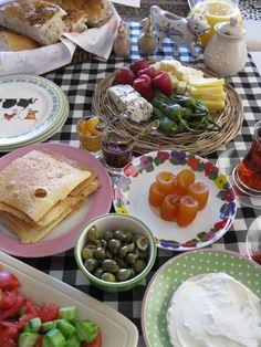 Sunday breakfast ...  http://ahousefulofhappiness.blogspot.com/
