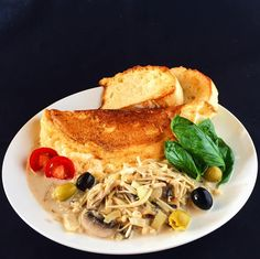 2016.10.08  Mont Saint Michel omelette  Porcini mushrooms and mushroom Served with cream sauce  Homemade bread  Please taste the texture of fluffy.  Rich eggs and cream are tasteful It's very matched with cream sauce.  Please spend fun afternoons on Saturday.  モンサンミッシェルオムレツ  ポルチーニ茸とマッシュルームの クリームソース添え  自家製のパン  フワフワの食感を味わって下さい  濃厚な卵と生クリームが味わい深く クリームソースととてもマッチしてます  土曜日の午後を楽しくお過ごし下さい  #instagood #photooftheday #happy #follow #instadaily #repost #vscocam #vsco #instapic #webstagram #instacool…