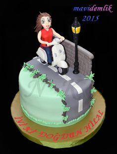 mavi demlik mutfağı- izmir butik pasta kurabiye cupcake tasarım- şeker hamurlu-kur: VESPA SCOOTER TEMALI PASTA 2