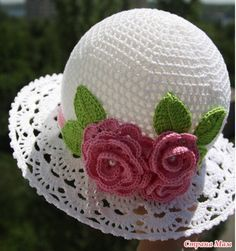 Crochet Cloche Hats The Best Free Collection Crochet Cloche Hat - lots of free patterns in our post - the whoot Crochet Summer Hats, Bag Crochet, Crochet Cap, Crochet Baby Hats, Crochet Beanie, Crochet Gifts, Free Crochet, Knitted Hats, Sombrero A Crochet