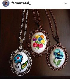 Forget-me-not pendant, Embroid