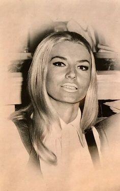 Tony Spilotro, Geri Rosenthal ... Las Vegas Blvd, Caesars Palace, The Joe, Chicago Tribune, Aladdin, Mafia, Nevada, Face, Women