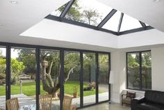 See the latest ClearView images and videos for aluminium windows, aluminium doors and bi-folding doors in Yorkshire and the UK. Orangery Extension Kitchen, Orangerie Extension, Kitchen Orangery, Extension Veranda, Conservatory Extension, House Extension Design, Roof Extension, House Design, Orangery Roof