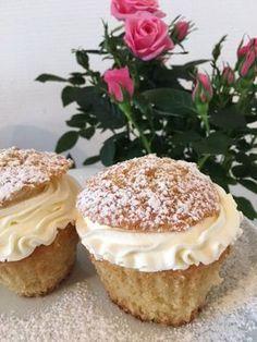 Muffla – muffinssemla! – Alla goda ting Best Dessert Recipes, No Bake Desserts, Raw Food Recipes, Baking Recipes, Bagan, Marzipan, Cake Cookies, Cupcakes, Grandma Cookies