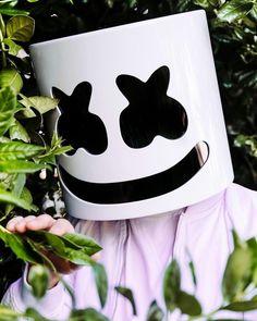 Marshmello Cute Black Wallpaper, Man Wallpaper, Music Wallpaper, Mobile Wallpaper, Screen Wallpaper, Music Mix, Music Love, Joker Face Tattoo, Marshmallow
