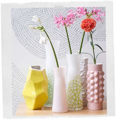Different type of vases for your interior. Spice up your interior with flowers and plants in these amazing and cool vases for your home. Home Interior Design, Interior Decorating, Deco Pastel, Interior Inspiration, Design Inspiration, Sweet Home, Home And Deco, Flower Vases, Decoration