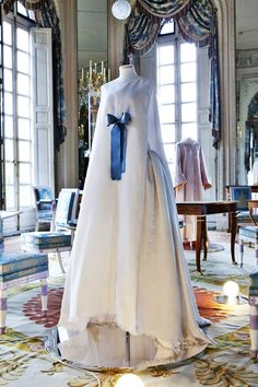 "18th Century Back in Fashion at Versailles  ""Marie-Antoinette Meets Vivienne Westwood""  Chanel Haute Couture SS 2005"