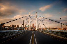 A beautiful symmetrical shot from Nelson Mandela Bridge, South Africa. Johannesburg Art Gallery, Multiple Exposure, Romantic Honeymoon, Historical Monuments, Kruger National Park, Great Night, Public Transport, Travel Advice, Golden Gate Bridge