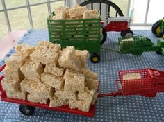 Rice Crispy Treats (aka Hay Bales) for Farm Theme Birthday Party Farm Animal Party, Farm Animal Birthday, Barnyard Party, Farm Party, Cowboy Birthday, Farm Birthday, 3rd Birthday Parties, Birthday Ideas, 2nd Birthday Cake Boy