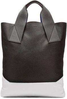 2ba2c0043e85 Fashion we like / Bag / Black an d White / handbag / Minimal / Straight